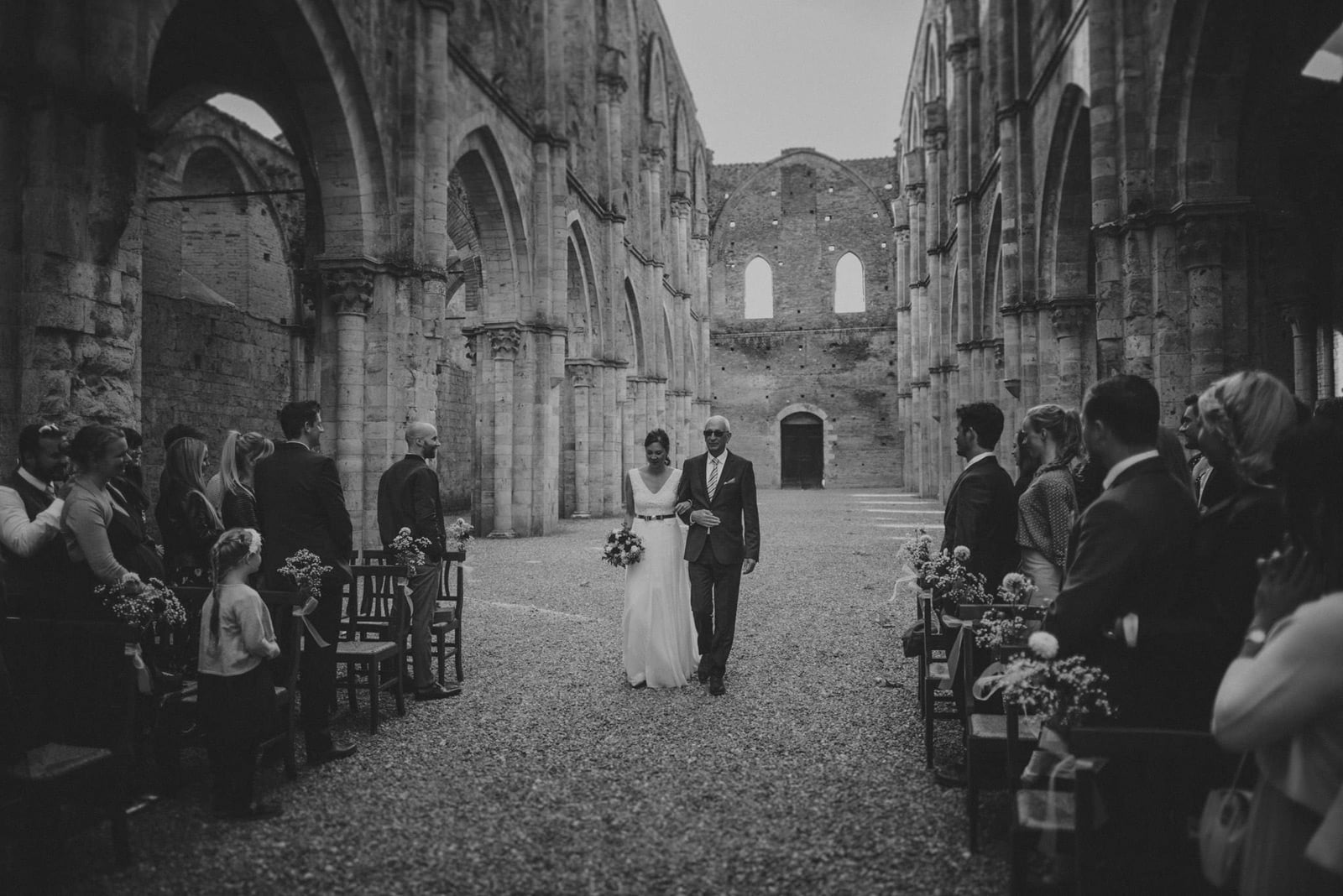 029-wedding-tuscany-san-galgano-siena-photographer
