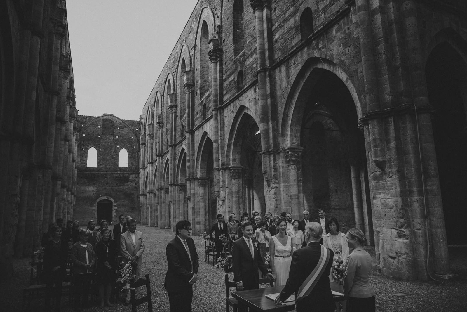 039-wedding-tuscany-san-galgano-siena-photographer