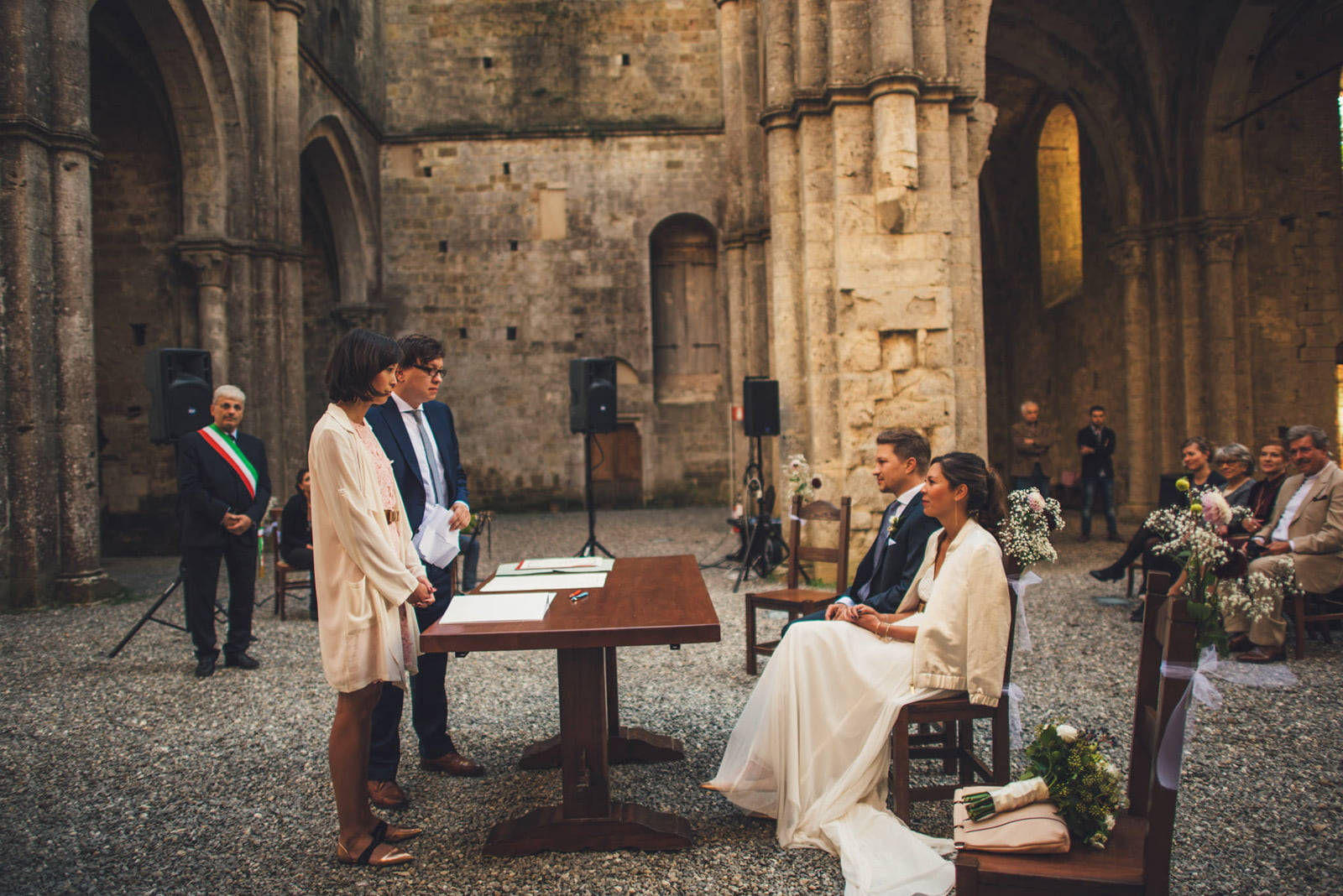 048-wedding-tuscany-san-galgano-siena-photographer