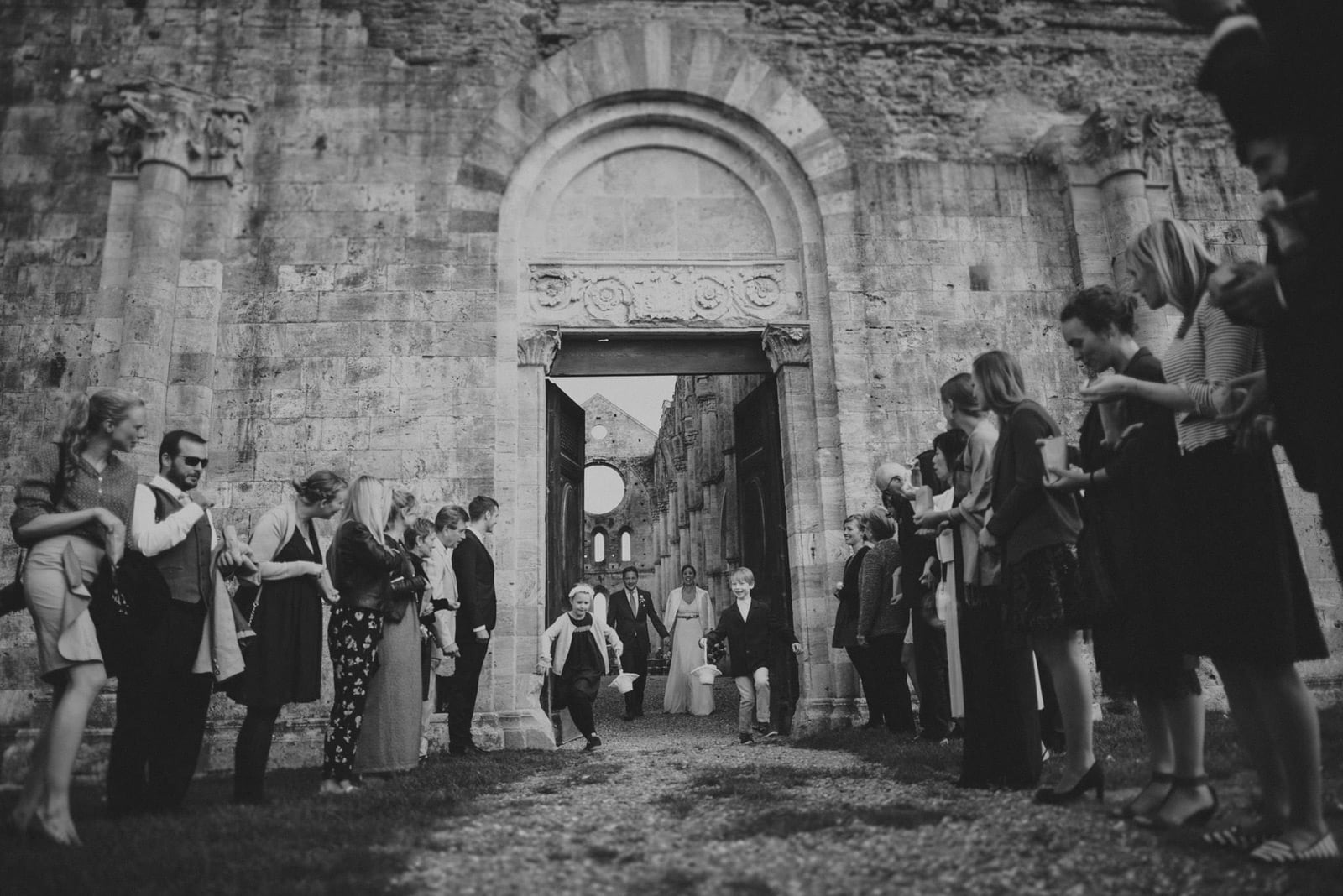 055-wedding-tuscany-san-galgano-siena-photographer