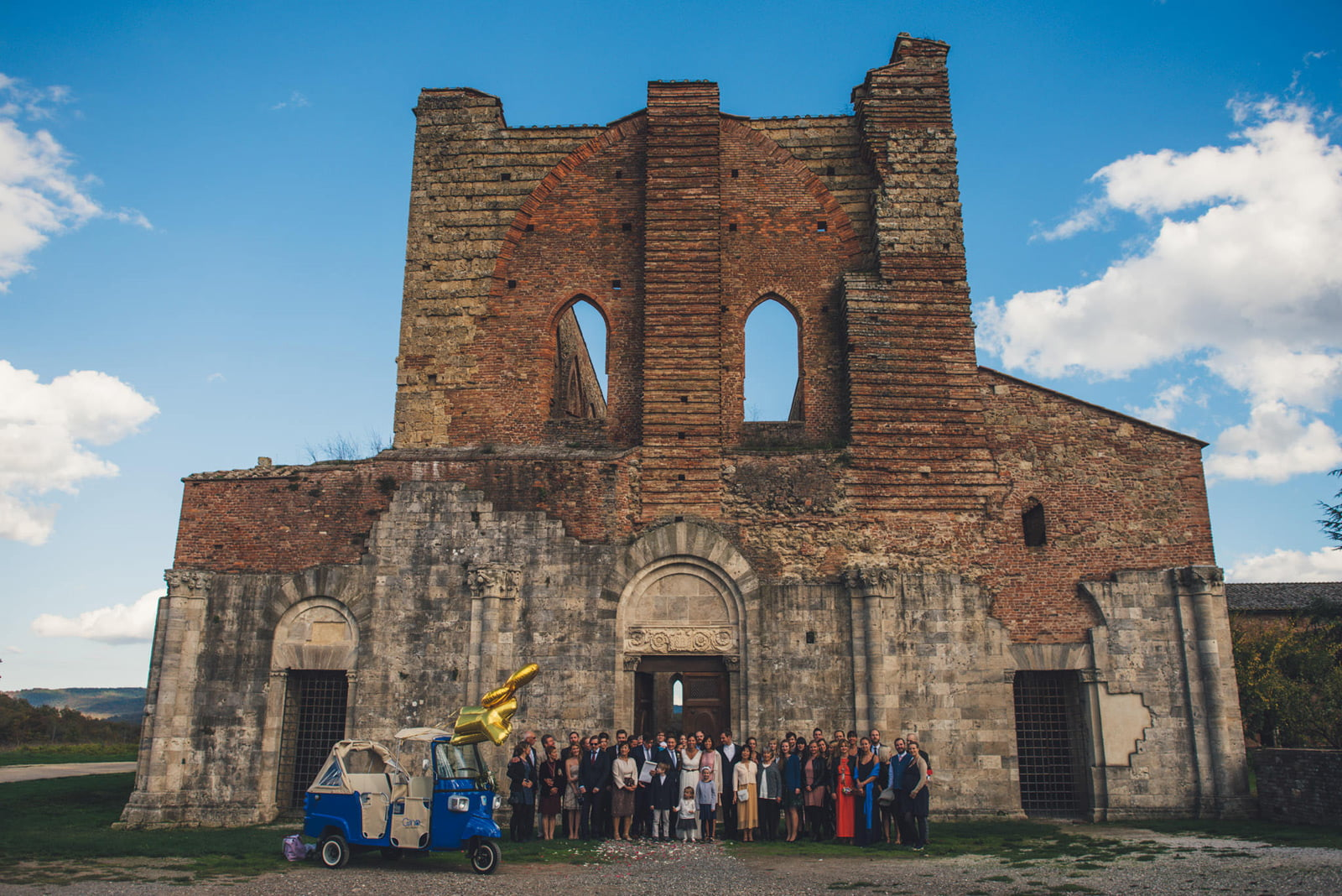 064-wedding-tuscany-san-galgano-siena-photographer