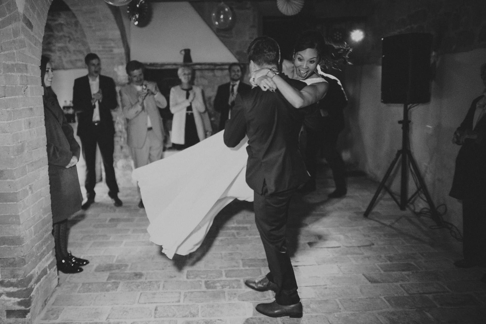 103-wedding-tuscany-san-galgano-siena-photographer