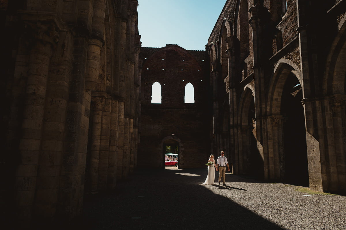 030-Romatic-Wedding-San-Galgano-by-Federico-Pannacci-photography