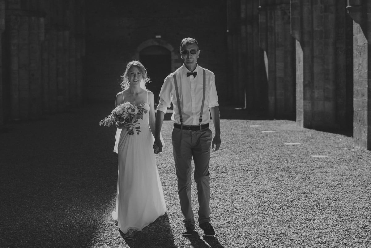 032-Romatic-Wedding-San-Galgano-by-Federico-Pannacci-photography
