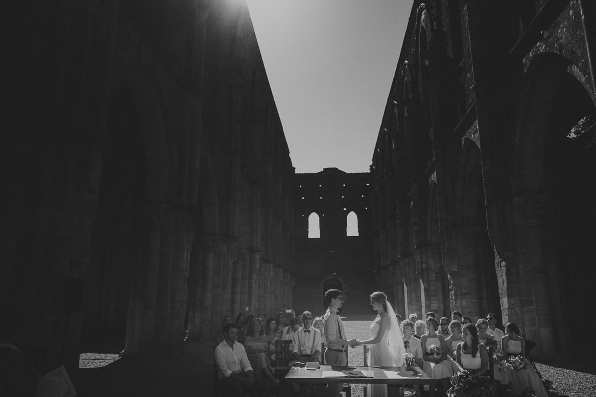 044-Romatic-Wedding-San-Galgano-by-Federico-Pannacci-photography